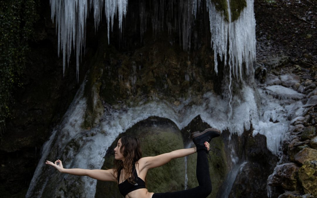 Wie du deine eigene Yogapraxis zuhause aufbaust